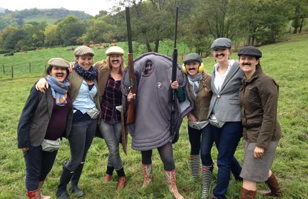 Clay Pigeon Shooting Hen Activity Bath